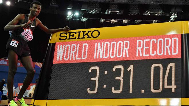 El etíope Samuel Tefera, con el récord de 1.500 'indoor'