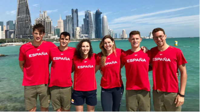 Los nadadores españoles participantes en la primera prueba de la Copa...