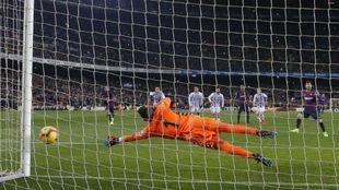 Messi marcó de penalti el 1-0 ante el Valladolid.
