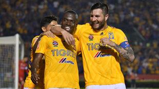 Con doblete de Gignac, Tigres derrota al Necaxa en el Volcán