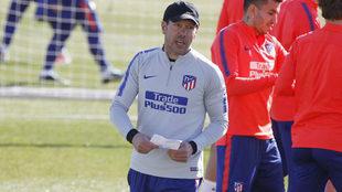 Simeone, durante un entrenamiento del Atlético de Madrid.