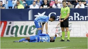 Koné, en el momento de lesionarse en el partido ante el Nástic