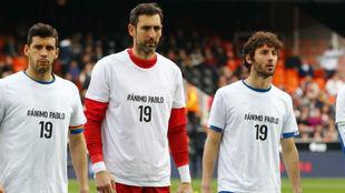 Javi López, Diego López y Granero, con la camiseta de apoyo a...