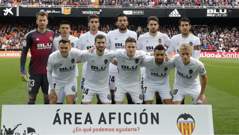 Once inicial del Valencia contra el Espanyol.