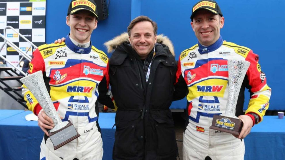 El piloto del Rally Team Spain y su navegante, Mauro Barreiro, junto...