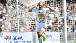 Carlos González volvió a marcarle al América con la camiseta de los...