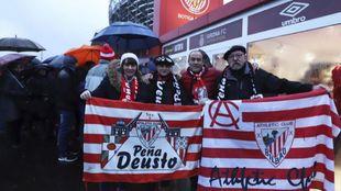 Aficionados del Athletic en la visita de la pasada temporada a Girona.