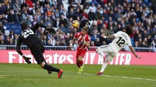Portu making it 2-1 to Girona at the Santiago Bernabeu on Sunday.