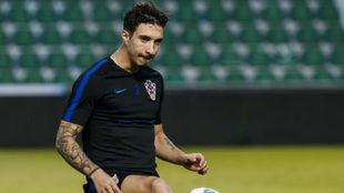 Vrsaljko, durante un entrenamiento con Croacia.