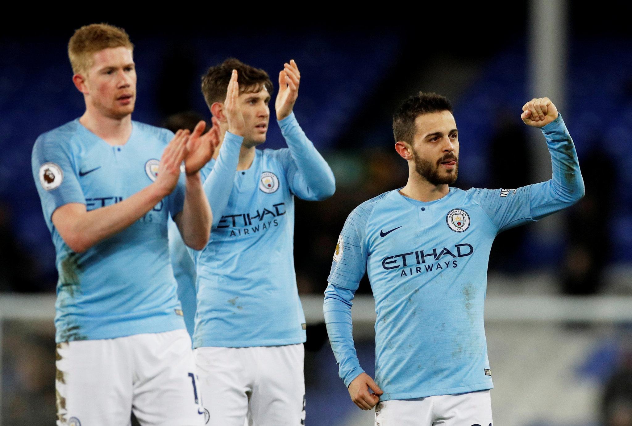 Manchester City logra épica remontada contra Schalke 04