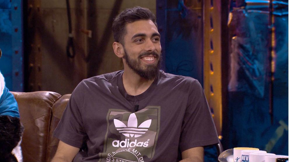 Borja Iglesias, sonriente, en un momento del programa La Resistencia.