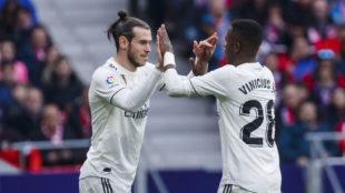 Bale y Vinícius, durante un partido.