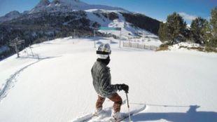 Fresh Snow App repasa los datos de nieve en las estaciones...