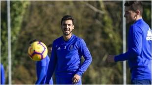 Oswaldo Alanís, en el entrenamiento de este martes con el Real...