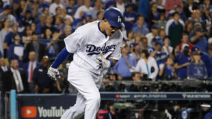 Machado celebrando con los Dodgers.