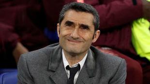 Valverde, en el banquillo.