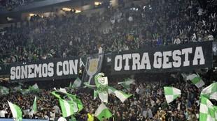 Aspecto de la grada del Benito Villamarín en el partido de ida