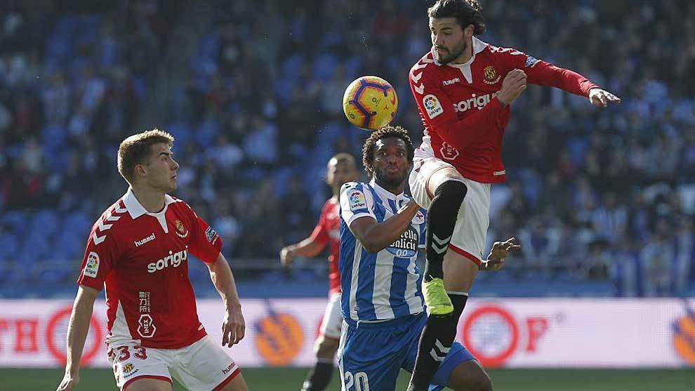 Moreno, en el partido ante el Nástic en el que vio la quinta...