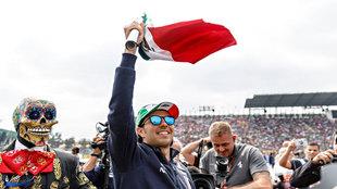 Checo Pérez durante el GP de México 2018