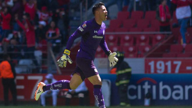 Afición de Toluca sufre accidente en el Sporting Park