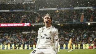 Modric, celebrando el gol que consiguió ante el Sevilla.
