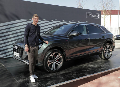 Toni Kroos with the Q8 50 TDI quattro tiptronic