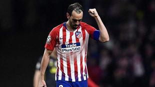 Godín celebra su gol contra la Juventus.