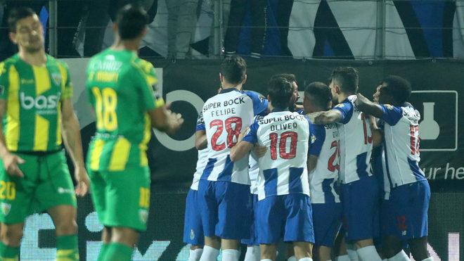 #Video Gol de Héctor Herrera con el Porto frente al Tondela