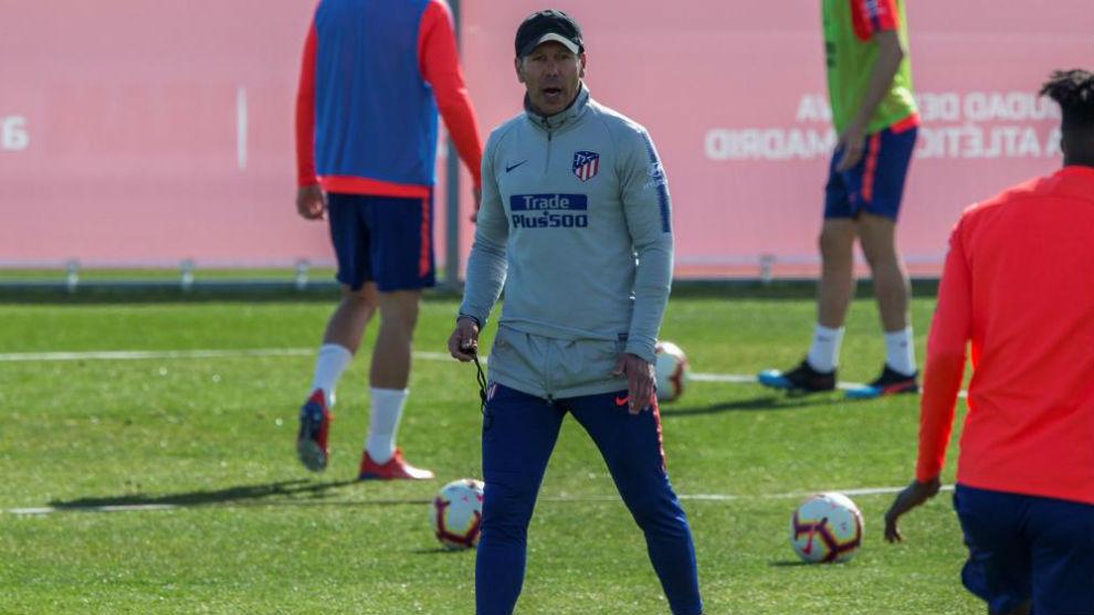 Simeone convoca a todos los jugadores disponibles ante el Villarreal