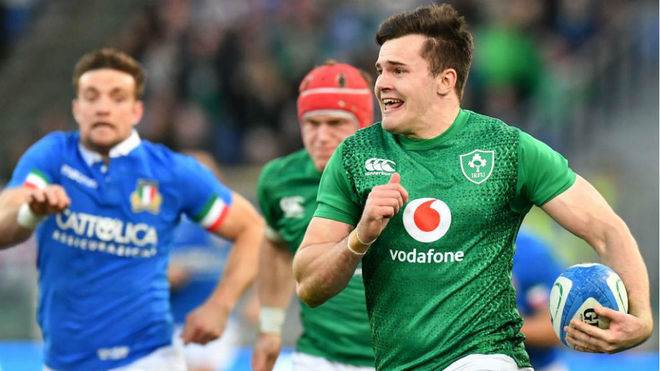 Stockdale logra un ensayo para Irlanda.
