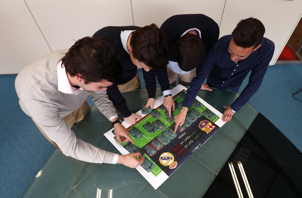 Visita a la redacción de <HIT>Marca</HIT> de los integrantes <HIT>Olocip</HIT> a <HIT>MARCA</HIT> para reportaje MARCA sobre BigData en el fútbol
