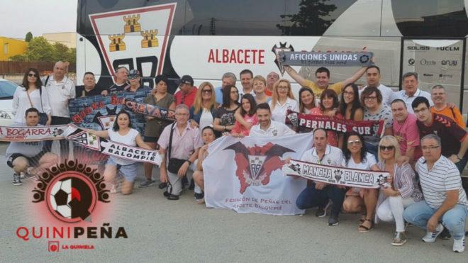 Afición del Albacete Balompié en un desplazamiento