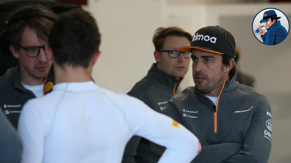 Norris mira a Alonso.