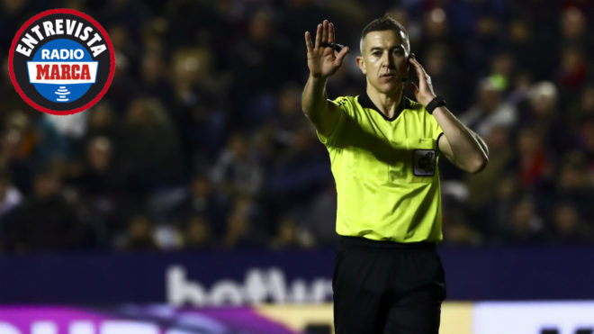 Iglesias Villanueva during the Levante-Real Madrid match.
