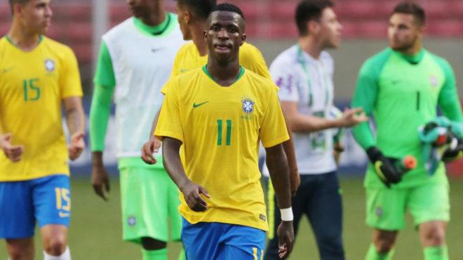 Vinicius, con Brasil.