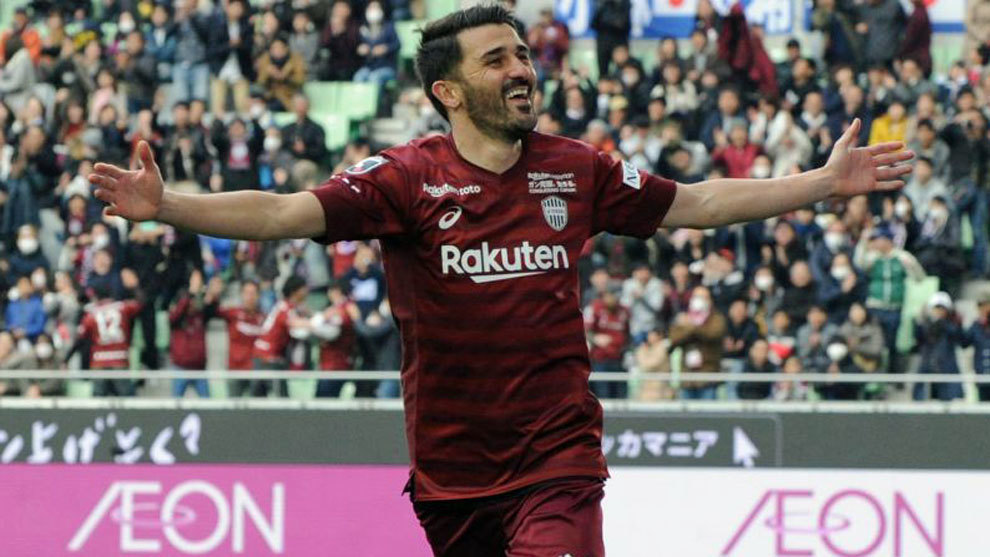 Villa opens his account in Japan against Fernando Torres' side