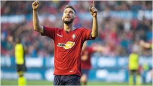 Roberto Torres celebra el gol que le marcó al Nástic