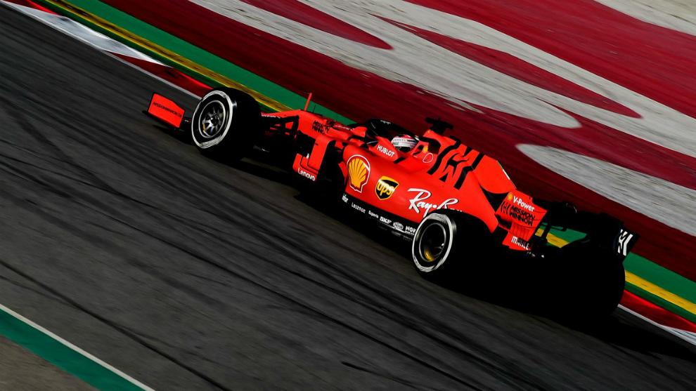 El Ferrari SF90, pilotado por Leclerc en el Circuit.