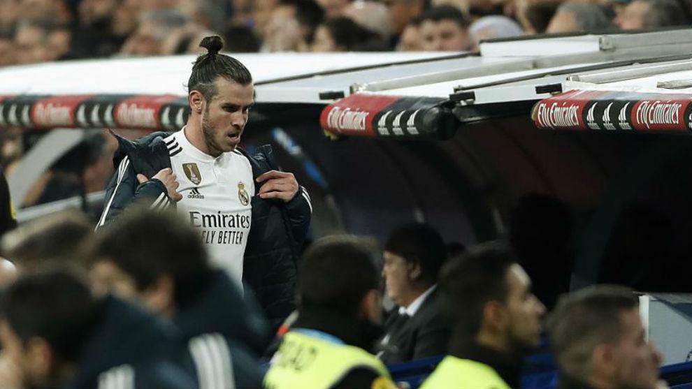 Bale, al ser sustituído en el Clásico.
