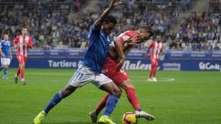 Yoel Bárcenas, durante el derbi de noviembre ante el Sporting