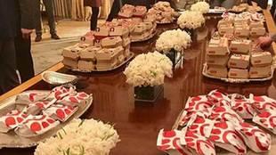 Donald Trump recibió en la Casa Blanca al equipo de fútbol americano...