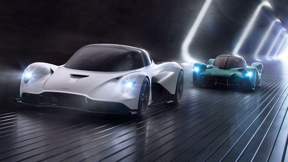 El AM-RB 003 (en blanco) y el Aston Martin Vision Concept.