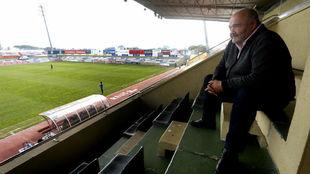 Joan Oliver, el que fuera máximo accionista del Reus, en el palco del...