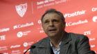 Joaquín Caparrós, durante una rueda de prensa.