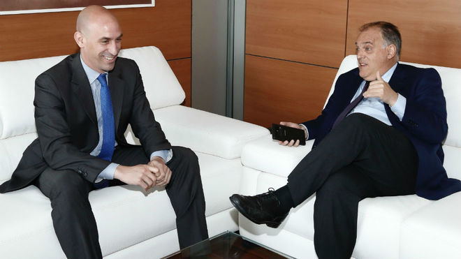 Luis Rubiales, the president of the RFEF, with Javier Tebas, the...