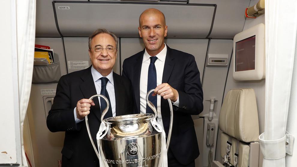 Zidane y Florentino, con la Decimotercera en el vuelo de vuelta de...