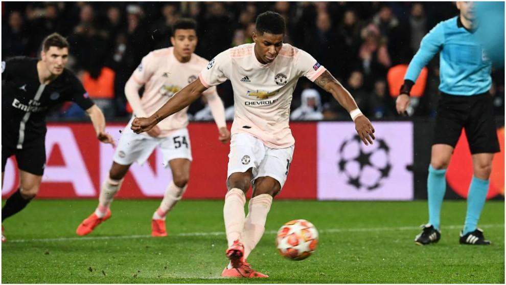 9bd78ca3eda7 PSG vs Manchester U.  Rashford penalty in stoppage-time secures ...