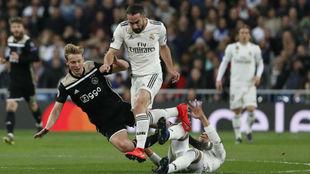 Carvajal, en el partido ante el Ajax.