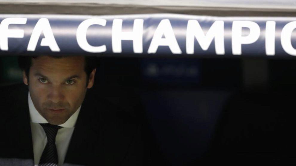 Santiago Solari durante el encuentro frente al Ajax