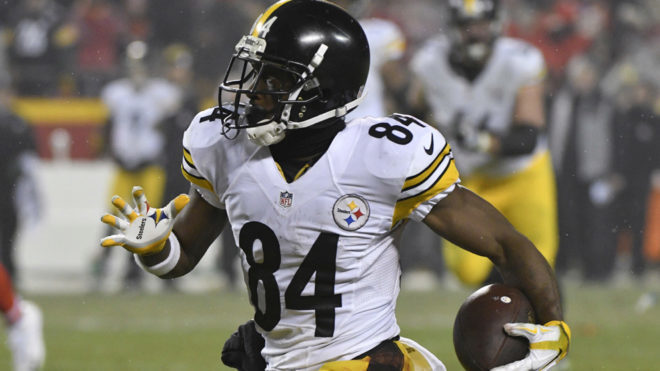 Brown en duelo ante los Chiefs